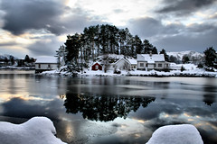 Too much already! (larigan.) Tags: winter sea snow ice reflections inlet lesund aalesund larigan borgundgavlen phamilton katavgen larsnesbuda