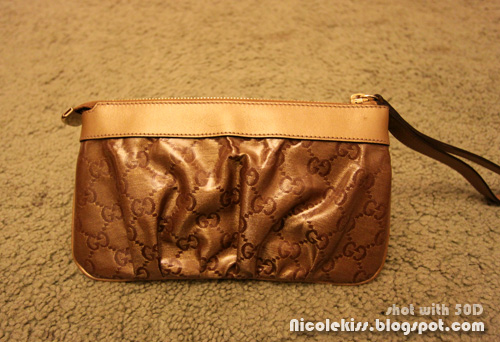 gucci wristlet gold GG lame fabric D-ring back