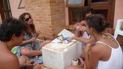 truco no isopor (alvez) Tags: reveillon summer brazil sun sol praia beach brasil playa verano brazilian galera garopaba ferrugem brasileiro sul guarda calor guardadoembau verao