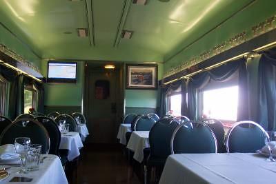 Private Rail Car - Epicurus, dining