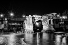 Roma - winter 2010 (Umberto Bellitto) Tags: bridge winter light hot cold rome roma ice glass dark landscapes lab ponte friday umberto 2010 panorami iverno bellitto umbertobellitto