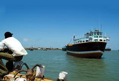Bet Dwarka, Gujarat (*evolve*) Tags: sea india temple boat fishing worship asia ship journey boating bet gujarat dwarka deeppahwa