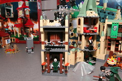 LEGO Toy Fair 2010 - Harry Potter - 4842 Hogwarts Castle - 02 (fbtb) Tags: lego harrypotter legoharrypotter toyfair2010