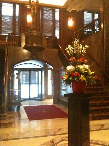 Deco lobby