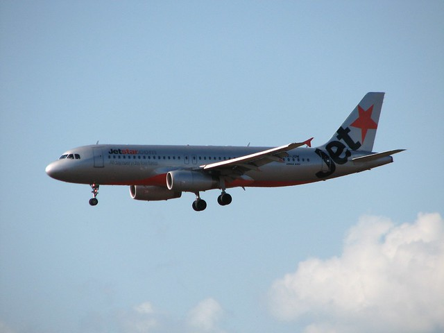 Jetstar A320 on Final Approach into Darwin Airport June 2008