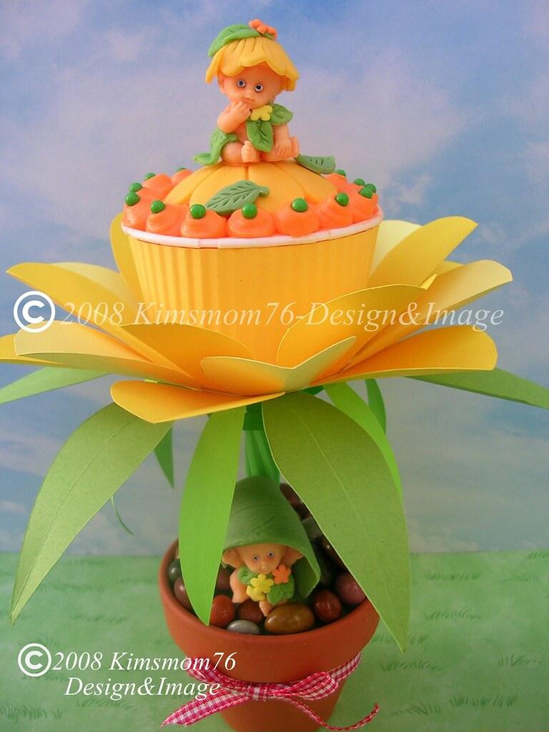 Flower Babies Cupcake