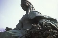 Erzsebet kiralyne (TalShavit) Tags: hungary budapest erzsebet kiralyne