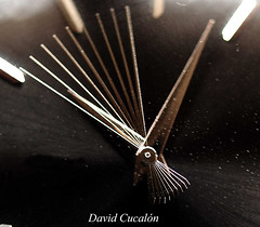 Time goes by (David Cucaln) Tags: macro art clock olympus reloj moviment fineartphotography e510 rellotge cucalon davidcucalon