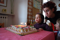 breath (peposky) Tags: party cake kids funny bambini breath enjoy festa compleanno torta motherandson madre gluttony hapiness bithday buffo soffio felicità figlia winx