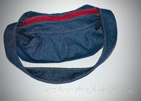 denim buttercup purse zipper