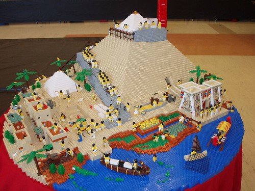 Egyptian Pyramid School Project http://historybricks.com/category/ancient-history/egypt/