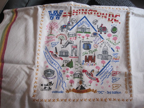 Washington DC dish towel (unwrapped)