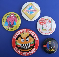 Promotional badges - Brewers Fayre, Harry Ramsden's, Casey Jones Burgers, Burger King & McDonalds (RETRO STU) Tags: burgerking 1989 britishrail 1990 buttonbadges dicktracey brewersfayre charliechalk whopperburger promotionalbadges harryramsden's whopperwarrior dicktraceyfilm caseyjonesburgers caseyjonesrestaurants tinbadges