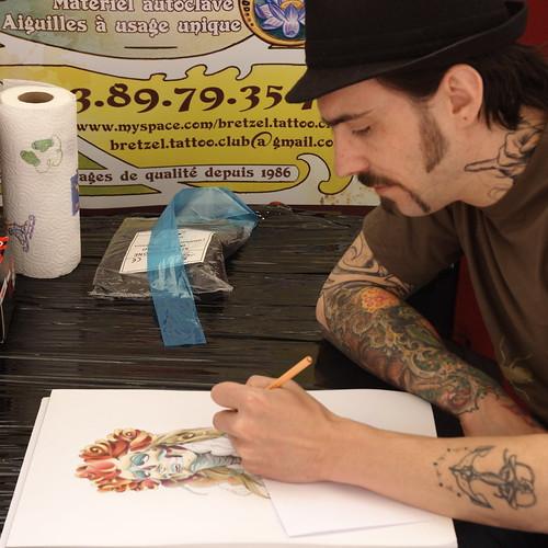 Bei der Arbeit - Jon - Bretzel Tattoo Club Colmar