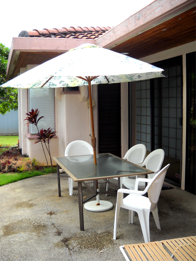 Patio Table Chairs-Umbrella