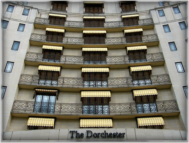 The beautiful Dorchester Hotel in London / Mayfair, England / United Kingdom. One of the most recognized and luxurious hotels on the planet. Enjoy!:) by UggBoy¦UggGirl [ PHOTO // WORLD // TRAVEL ]