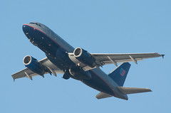 United A319 gear up (SBGrad) Tags: aperture nikon sandiego airbus nikkor 2010 a319 alr staralliance d90 ksan tc17eii aerotagged a319131 80200mmf28dafs aero:man=airbus aero:model=a319 aero:airline=ual n850ua aero:airport=ksan aero:series=131 aero:tail=n850ua