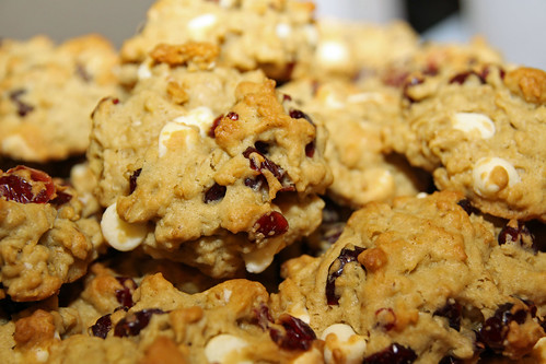 white choc cranberry cookies 2