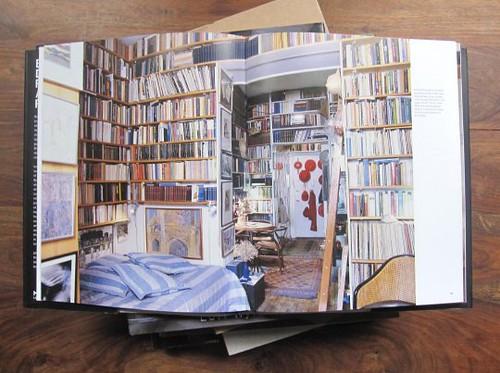 BOOKS DO FURNISH CAVE 02