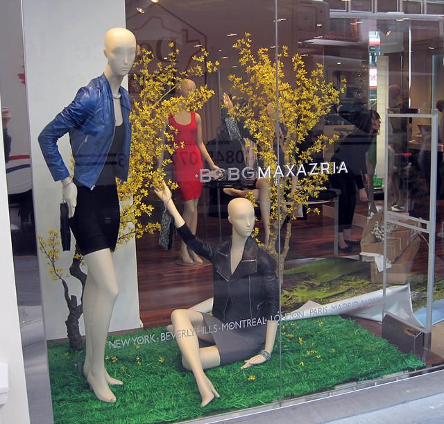 fashion store collection tienda negozio womenswear maxazria bcbgmaxazria herveleger bonchic bongenre summer2010 bcbggeneration