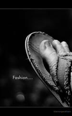 Flip flop fashion (Simon Peckham) Tags: foot nikon toes no where flip land flop d80 borderfx