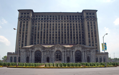 Detroit: Michigan Central Station