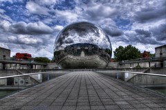 La Gode (AO-photos) Tags: sky paris reflection monument clouds la amazing nikon cit science des ciel round nuages geode reflets hdr boule vilette rond plante palnet d5000