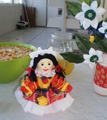 FUXIQUEIRA NA ROÇA (rosaestilosa) Tags: doll arte handmade pano artesanato craft fuxico amizade boneca tecido festajunina costura solidariedade retalho arteiras