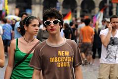 [Gay Pride 2010] (Urca) Tags: italia colore milano gaypride ritratti 2010 manifestazione nikondigitalefilippetta christopherstreetday2010