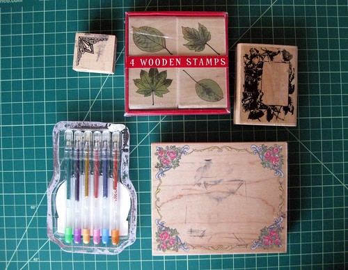 Giveaway: rubber stamps and glitter pens