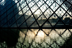 sunset at the lourve (szeing) Tags: travel paris 2009 a700