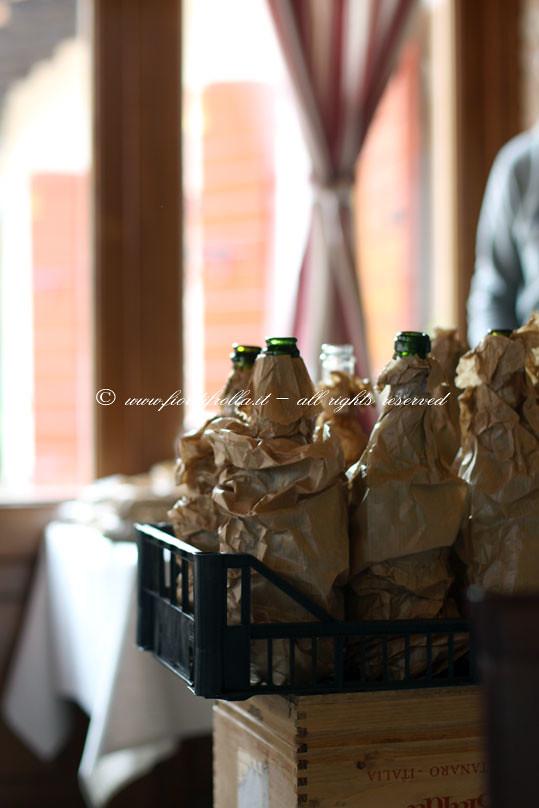 Le bottiglie per la degustazione alla cieca