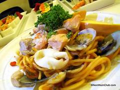 Spicy Mix Seafood Tomato Spaghetti