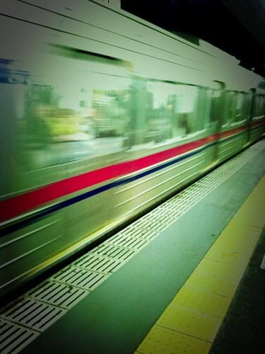 電車が遅れたのは多摩地域での停電かあ。