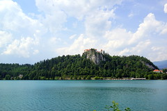 Driving by the lake with view on just visited hilltop castle (neverstop2travel) Tags: 2017 bled slovenia