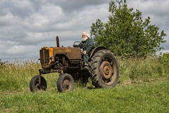 Tractor run (P.P.P ( point - press - pray )) Tags: allischalmers farmmachinery