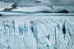 Centuries years old ice wave (julien.ginefri) Tags: argentina patagonia moreno glaciar ice glacier patagonie argentine panoramic mountain sky montaña cielo glace layer perito hike southamerica latinamerica latin trek trekking elcalafate