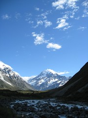 32 - Hooker Valley Trail