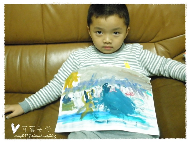 20091113_17在家畫畫.JPG