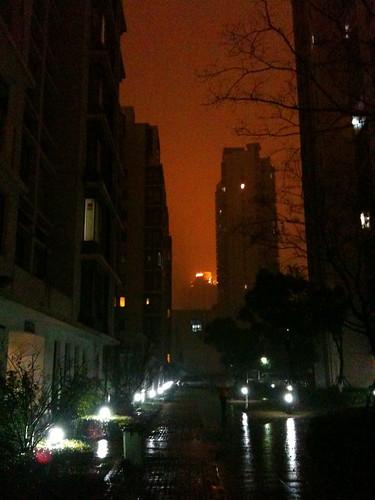 夜、雨の蘇州