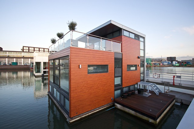 yet another Floating House