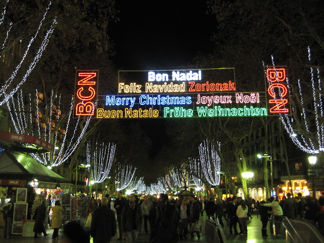 Multilingual christmas lights in Barcelona