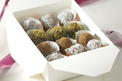 4181775044 38e4e02249 m Edible Holiday Gift Idea #2  A Variety Of Chocolate Truffles