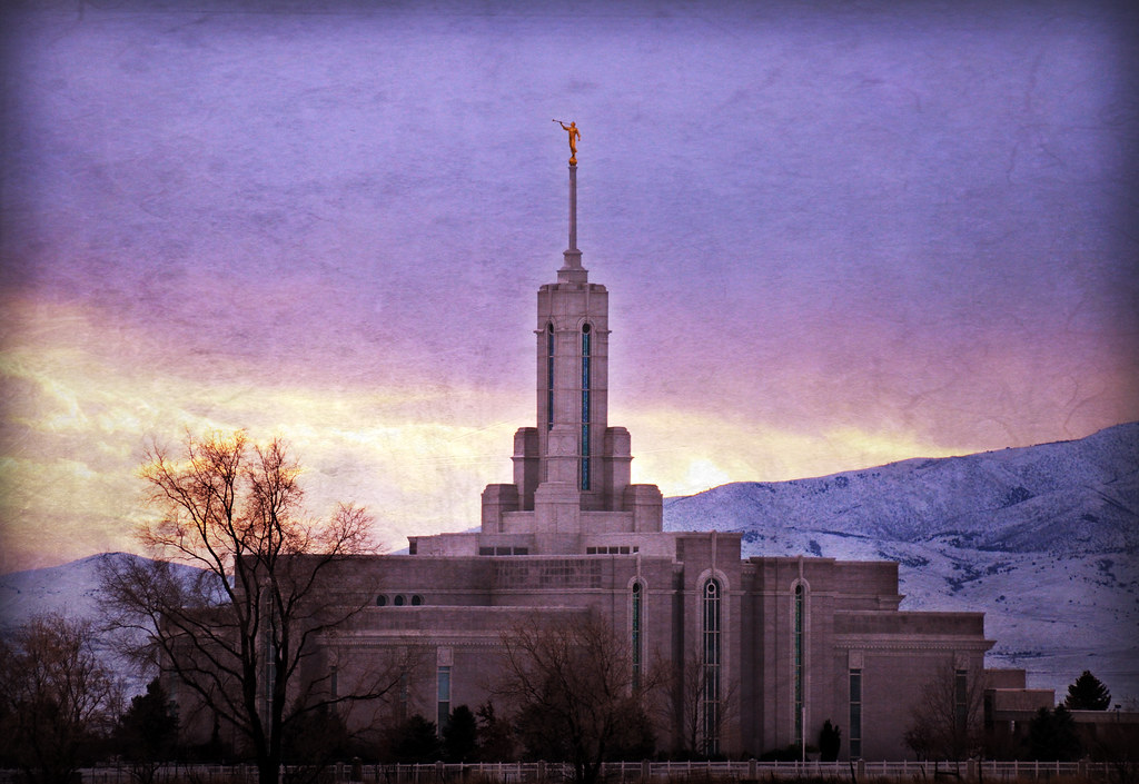 Mount timpanogos temple winter sunset texture