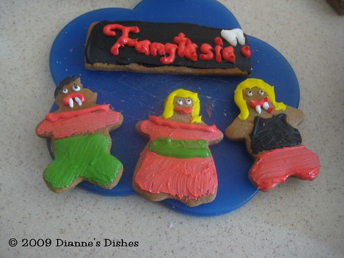Gingerbread True Blood Style: Fangtasia, Bill, Sookie and Eric