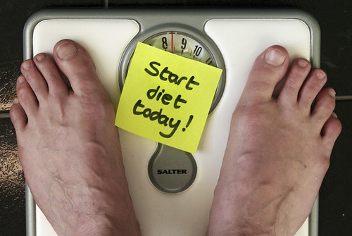 start diet today © flickr.com/alan_cleaver2000