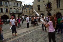 LIBOURNE_9_festarts (Fasolt_1979) Tags: art festival rue libourne jongleur gironde acrobatie massue