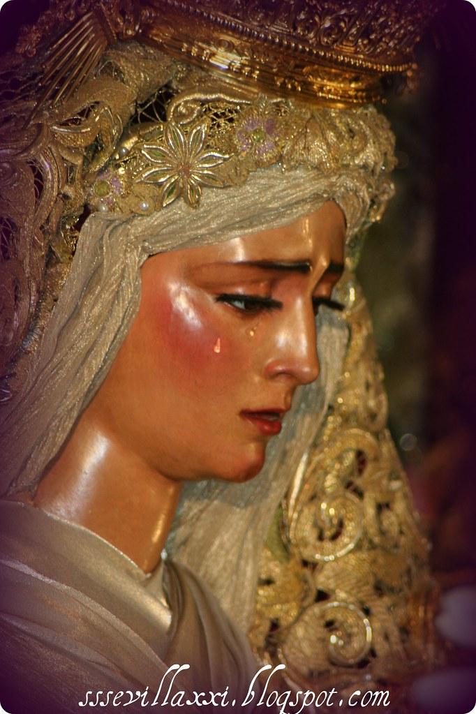 Nuestra Señora de las Angustias Coronada. Jueves Santo 2009