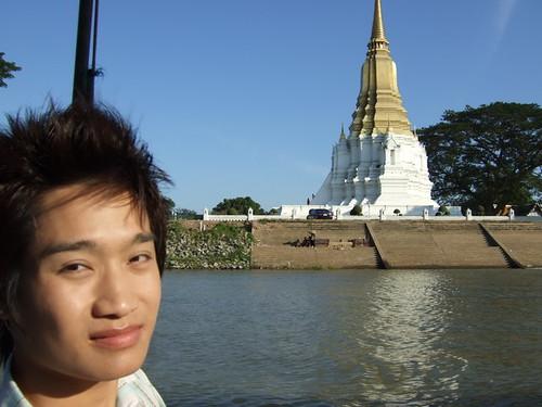 Bad boy Thai lawyer and liar