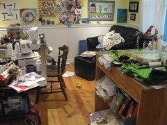 Messy sewing room... AGAIN!